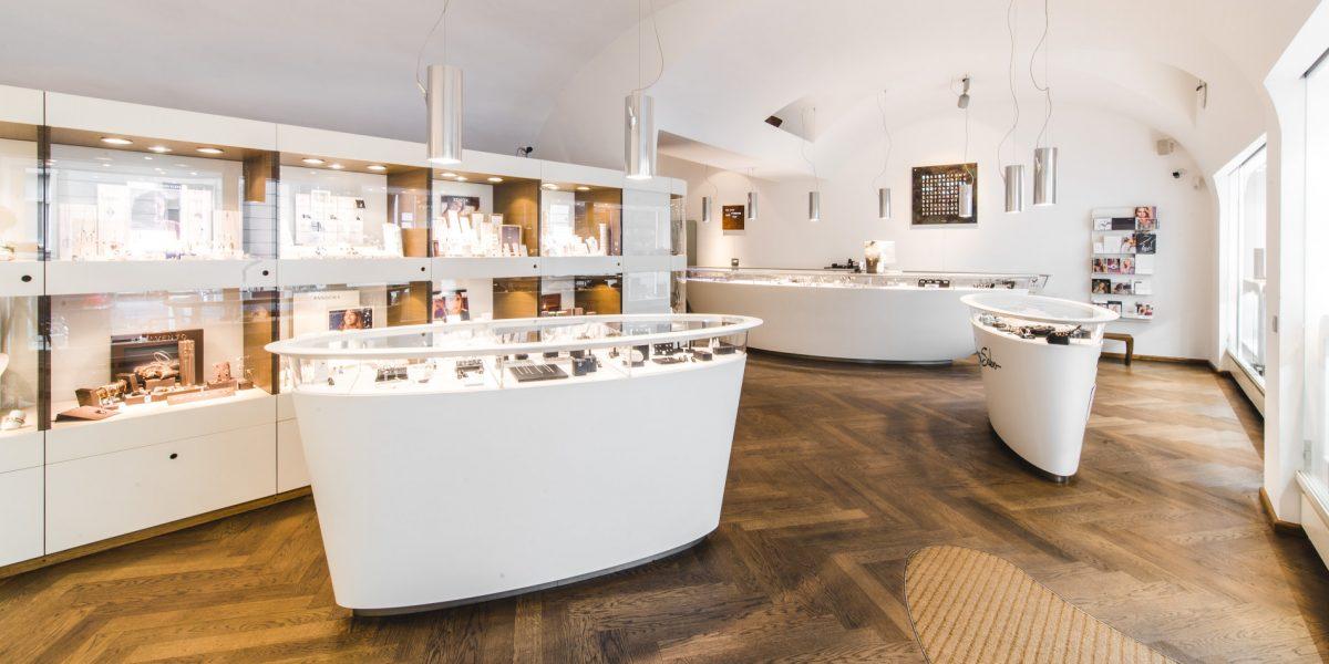 Juwelier Uhrmacher Barotanyi Qlocktwo 1090 Wien